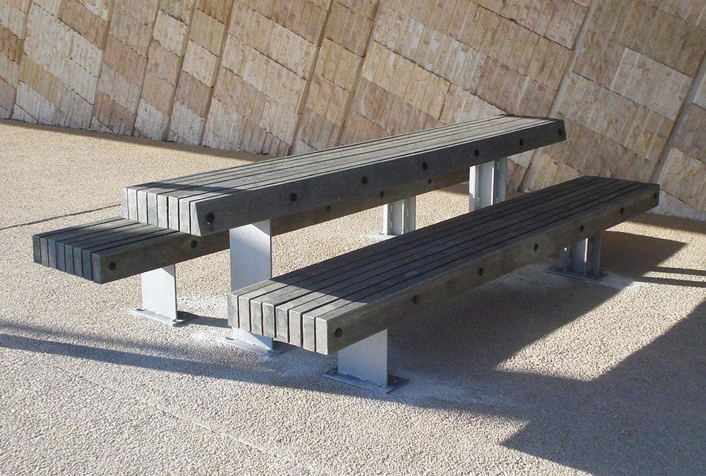 Mobiliario urbano a partir de hormigón reciclado